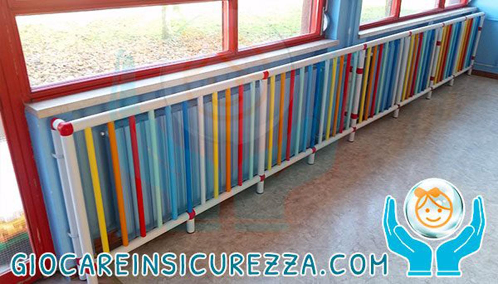 Protezioni in plastica antitrauma per termosifoni a scuola